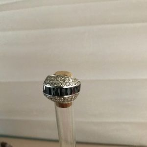 Vintage 925 onyx &diamond tone ring.